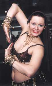 голые женщины танцуют танец живота