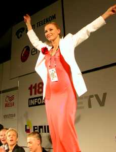 Победительница конкурса «Евровидение 2002» Маша Наумова