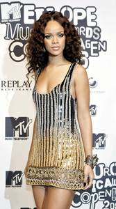 19-летняя Рианна на церемонии вручения наград MTV Europe Music Awards 2006 в Коппенгагене